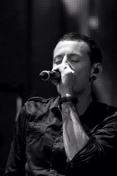 Ahhh Chester Bennington - Linkin Park