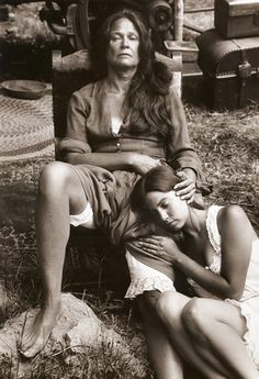 Bob Willoughby. Colleen Dewhurst, portrait, «The Cowboys», 1971.  [::SemAp FB || SemAp G+::]
