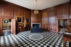 Admiral's House is part of one of the oldest buildings at the Old Royal Naval College. It offers six wood panelled meeting rooms, ranging in size for 10 to 70 delegates. Each room is suitable for meetings, training seminars and boardroom Outdoor Decor, Grand Designs, House, Beautiful Homes, Home Decor, Second Floor, Open House, Old Building, Meeting Room