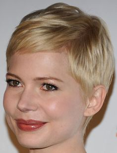 Michelle Williams Pixie. Such a cute hair style!