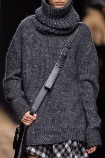 2020 Fashion Trends, Fashion Week, Winter Fashion, Fashion Show, Fashion Design, Knitwear Fashion, Knit Fashion, Womens Fashion, Michael Kors Fashion
