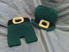 Newborn St Patrick's Day hat and Shorts by luvs2zumba on Etsy, $40.00