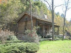Authentic Log Cabin, 21 Acres,1/2 Mile of Rushing Trout Stream, Hot Tub