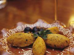 Stockfisch-Kartoffel-Bällchen auf portugiesische Art - smarter - Zeit: 40 Min. | eatsmarter.de