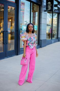 Colored Jeans Outfits, Pink Pants Outfit, Zara Outfit, Fashion Killa, Women's Fashion, Fashion Outfits, Colourful Outfits, Retro Outfits, Zara Trousers