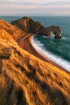 Durdle Door, Dorset, England, photo by Justin Reznick from '500px is Photography'