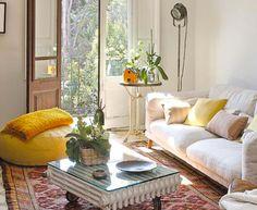 Originales mesas de centro y mesas auxiliares para la decoración de locales y decoración de hogar http://www.fiaka.es/blog/originales-mesas-de-centro-y-auxiliares/