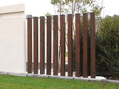 6 Creative and Modern Tricks: Rustic Fence Flower Beds iron fence dog proof.Horizontal Fence With Brick fence and gates drawings. Brick Fence, Pallet Fence, Front Yard Fence, Low Fence, Fence Stain, Fence Landscaping, Backyard Fences, Garden Fencing, Country Fences