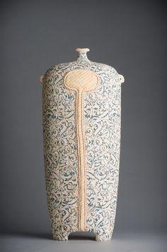 Avital Sheffer Clay Art, Clay Clay, Pottery Workshop, Keramik Vase, Slab Pottery, Shape And Form, Sculpture, Mark Making, Bottle Art