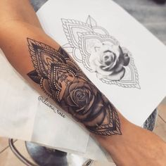 "Gefällt 4,832 Mal, 15 Kommentare - Tattoos (@inkspiringtattoos) auf Instagram: ""Love this piece ❤ So pretty! Tell me - what inspired your tattoo(s)? Comment below! @iliana_rose"""