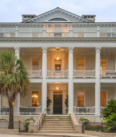 11 Southern Bed-and-Breakfasts Perfect for Mother-Daughter Getaways Southern Living, Coastal Living, Southern Charm, Southern Gothic, South Carolina, Best Bed And Breakfast, Charleston Bed And Breakfast, Magnolia Bed And Breakfast, Mother Daughter Trip