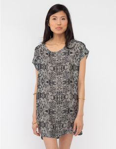 H. Fredriksson  / Box Dress in Grey Ferns