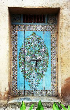downinthevalleyy:    Painted Door, Rabat Oudaias, Morocco (by David)