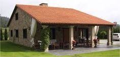 casas de campo com tijolo a vista - Pesquisa Google Roof Design, Exterior Design, Style At Home, Village House Design, Tuscan House, Stone Houses, Beautiful Hotels, Tropical Houses, Home Fashion