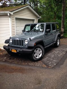 2014 Jeep Wrangler Unlimited Sahara 4x4 Anvil Clear Coat