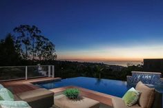 Live on top of the world…and experience widespread views of the blue Pacific Ocean and the coveted Country Club neighborhood!