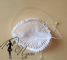 free Pretty crochet leaf with pattern. This is also used as a petal in an orchid like flower that I am also pinning. Motif Bikini Crochet, Crochet Flower Hat, Crochet Hat With Brim, Crochet Socks Pattern, Crochet Jewelry Patterns, Irish Crochet Patterns, Crochet Leaves, Crochet Motifs, Freeform Crochet