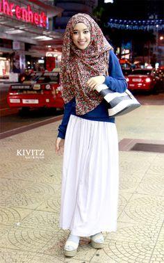Fitri Aulia, an Indonesian fashion designer. The owner of KIVITZ. https://twitter.com/FitriAulia_ http://kivitz.blogspot.com/