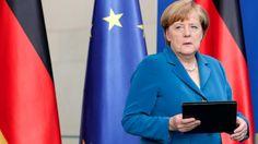 Wegen aktueller Terror-Lage | Merkel unterbricht Urlaub - Politik Inland - Bild.de