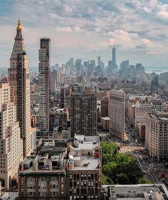 34 Breathtaking Photos of New York City City Aesthetic, Travel Aesthetic, Photographie New York, New York City, Places To Travel, Places To Visit, City Vibe, Nyc Life, Dream City