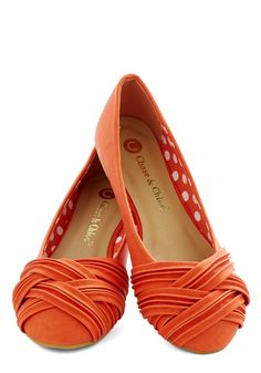 Fresh Steps Flat. Savor the sweet feeling that comes with every step in these orange ballet flats! #orange #modcloth