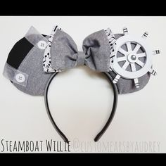 Steamboat Willie from Custom Ears by Audrey Diy Disney Ears, Disney Races, Disney Mickey Ears, Disney Bows, Disney Land, Disney Diy, Micky Ears, Disneyland Ears, Disney Countdown