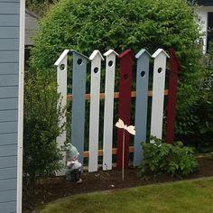 Garten & # Garten & # – Sweet Home – Raumshow - Diy Garden Deco Pallets Garden, Garden Cottage, Cozy Cottage, Garden Care, Diy Garden Decor, Garden Decorations, Front Yard Landscaping, Shade Garden, Garden Projects