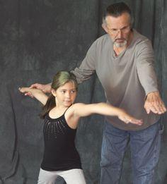 Geroge teaching Anika Healing Light, Author, Bear, Yoga, Teaching, Photography, Women, Fotografie, Women's