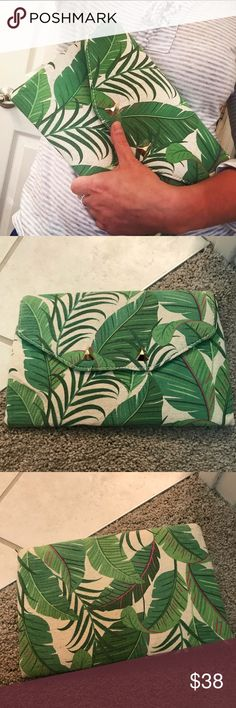 City Slim Clutch- Green Botanical Older City Slim Clutch, new/never used - wear is visible  (shown in pictures) from never being open/used. Stella & Dot Bags Clutches & Wristlets
