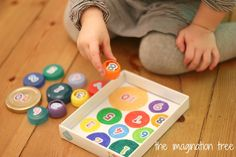 Here's a fun way to re-use bottle tops and jar lids by turning them into a simple counting and sorting game for preschoolers! As part of our on-going Playful Maths series, Debs from Learn with Play at Home and I are looking at simple and fun ways to bring maths alive for young children, using...Read More »