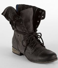 Black Steve Madden Combat Boots - I have this pair of combat boots too, my favorite!