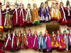 indian marionettes.......I wish we could see these up close! ;)
