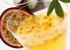 A nutricionista Anna Karla Roriz dá dicas para preparar sucos naturais e refrescantes