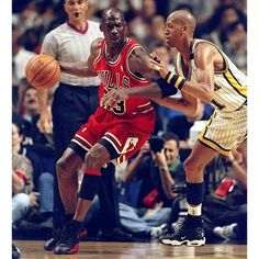 Michael Jordan (Chicago Bulls) and Reggie Miller