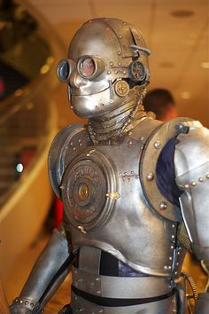 Steampunk Tin Man at Dragon*con 2010 by vladeb on Flickr.