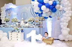 Image may contain: 1 person Boys First Birthday Cake, Baby First Birthday, Balloon Birthday Themes, Birthday Party Decorations, Elegant Baby Shower, Baby Shower Decorations For Boys, Baby Shower Balloons, Michelangelo, Ideas Party