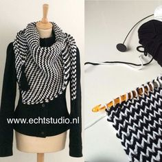 Tunisch gehaakte sjaal van echtstudio en by claire. Crochet Scarves, Crochet Shawl, Diy Crochet, Crochet Clothes, Bavarian Crochet, Tunisian Crochet Patterns, Diy Kleidung, Crochet Triangle, Crochet Accessories