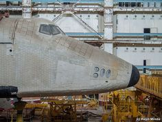 The nose of Buran...it's windows still intact...if not the paint!