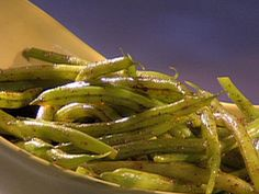 Food Network invites you to try this Blackened Green Beans recipe from Guy Fieri. Food Network Recipes, Cooking Recipes, Healthy Recipes, Cajun Recipes, Side Dish Recipes, Vegetable Recipes, Wing Recipes, Green Beans With Shallots, Green Bean Recipes