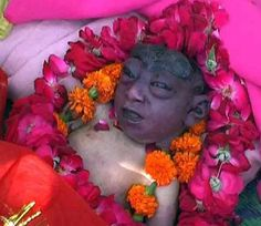 कानपुरः आज भी आस्था पर अंधविश्वास हावी है। अंधविश्वासी..