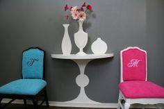 mesa pintada en pared