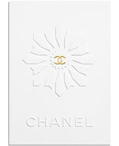 Chanel Cruise 2015 in invitation card is in the shape of Dubai Expo 2020 Logo. Chanel Resort, Chanel Cruise, Chanel Dubai, Coco Chanel, Chanel News, Chanel 2015, Saint Tropez, New Fashion, Fashion News