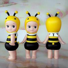 . Sonny Angel, Biscuit, Cartoon Flowers, Cheap Dolls, Cheap Hobbies, Garden Theme, Cartoon Kids, Bjd Dolls, Toy Boxes