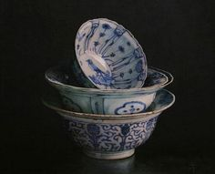Erkin  Morning  2008... I love to collect little blue & white bowls like these <3