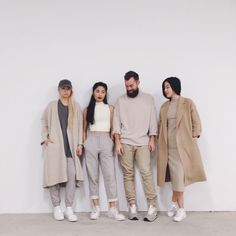On Fridays we wear beige] Normcore Fashion, Yeezy Fashion, Fashion Outfits, Casual Fall Outfits, Cute Outfits, Koi, Street Chic, Street Style, We Wear