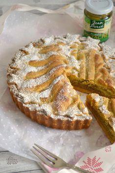 Tarta de Almendra y Crema de Pistachos | CON HARINA EN MIS ZAPATOS Easy Pie, Sweet Pie, Pie Cake, Almond Cakes, Sin Gluten, Four, Cakes And More, Delicious Desserts, Cake Recipes