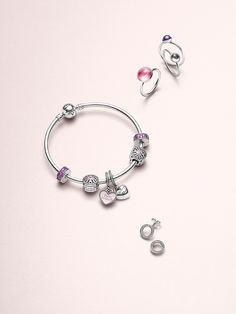 Pandora Jewelry OFF! Captivating icons of friendship unite on must-have statement and sharing pieces echoing the sentiment that friendship starts with loving hearts. Pandora Bangle, Pandora Earrings, Pandora Bracelet Charms, Pandora Jewelry, Charm Jewelry, Charm Bracelets, Bracelet Designs, Women Jewelry, Pandora Charms