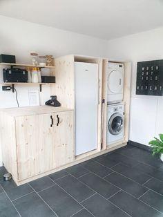 Laundry Room Design, Future House, Washing Machine, Beautiful Homes, Sweet Home, New Homes, Home Appliances, Studio, Storage