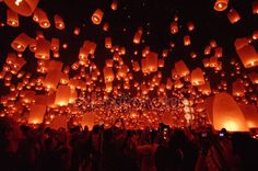imagesthai.com royalty-free stock images ,photos, illustrations, music and vectors - Floating lantern