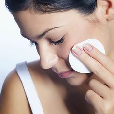 Remove makeup with coconut oil - The 29 essentials you need to look and feel your best